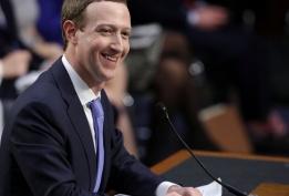 Gần 2 năm qua Facebook liên tiếp dính liên tiếp những bê bối về an ninh, rò rỉ thông tin người dùng khiến Facebook buộc phải tập trung vào bảo mật và chẳng làm được điều gì mới mẻ. Trong bài phát biểu của mình ông chủ Facebook đã nhắc tới kế hoach thay đổi trong năm 2019 anh 1
